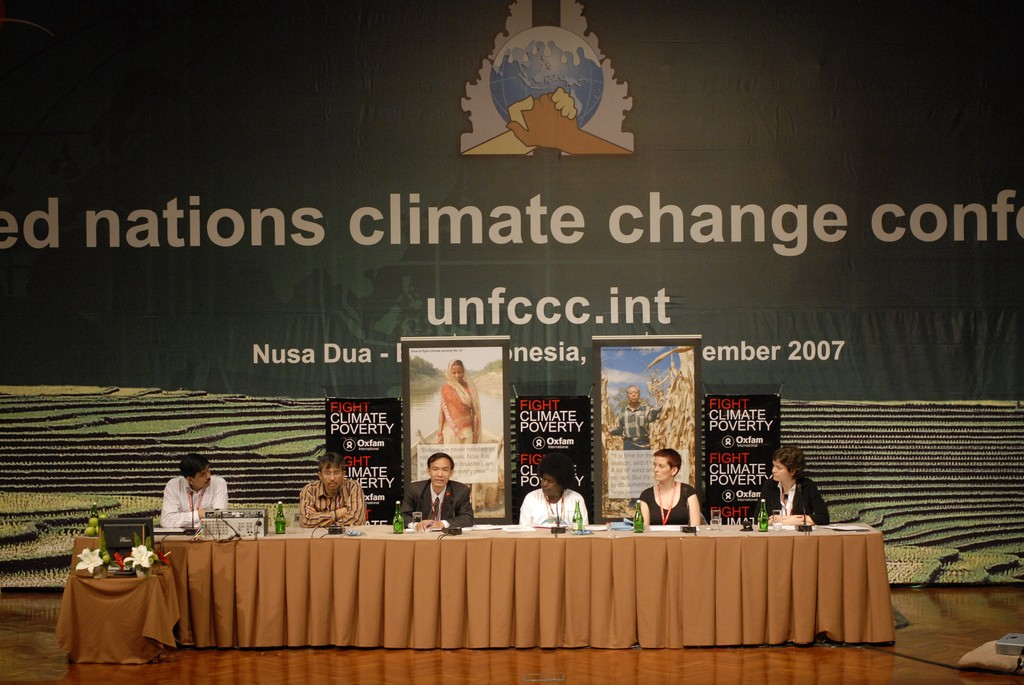 Oxfam's press conference on Financing Adaptation. Photo by Ng Swan Ti/Oxfam, taken on 4 December  2007. Licensed under Creative Commons Attribution-NonCommercial-NoDerivs 2.0 Generic.